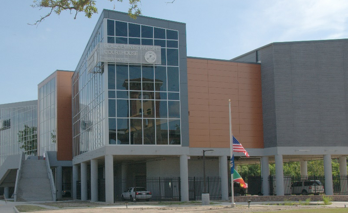 plaquemines parish courthouse in belle chasse