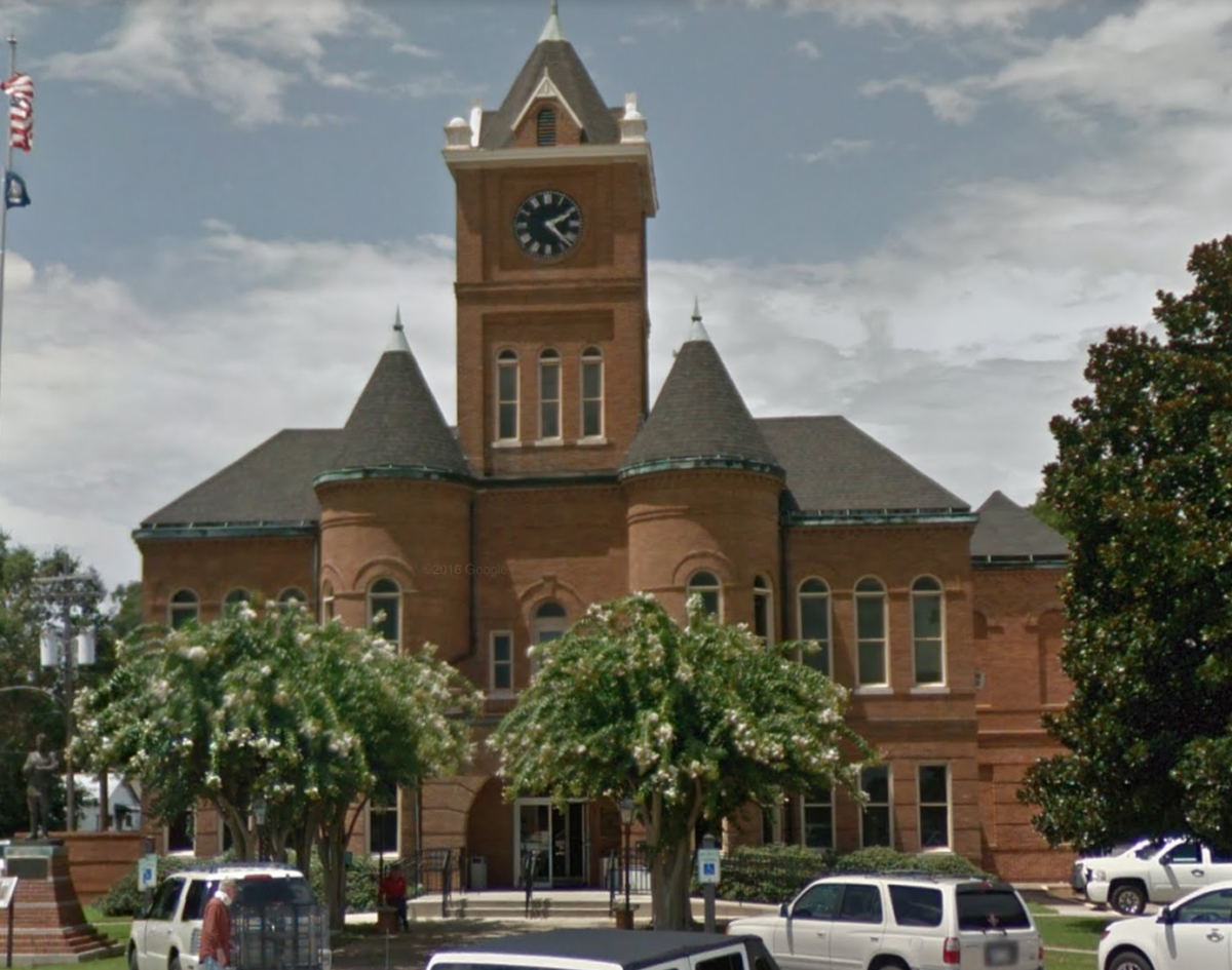 pointe coupee parish courthouse